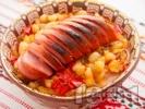 Рецепта Печен боб с наденица и чушки  на фурна